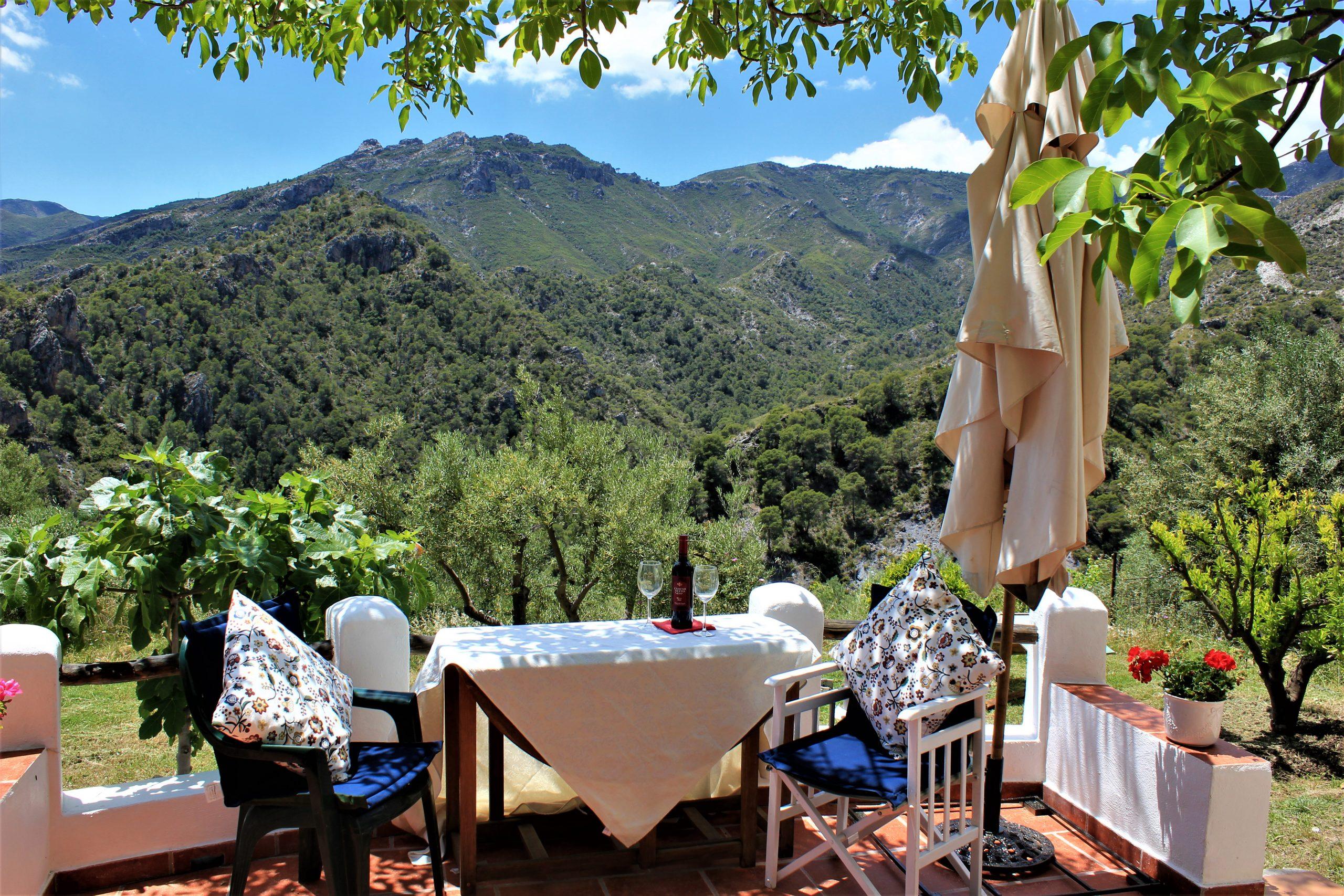Country Property for Sale in Los Guajares (Granada)