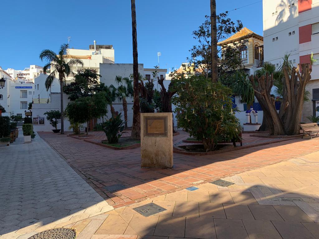 Gran piso en la calle principal de Almuñécar