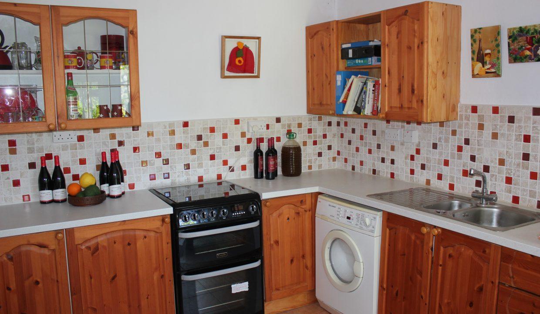 018 Kitchen sink