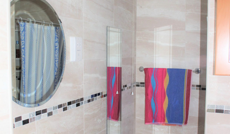 031 Shower room